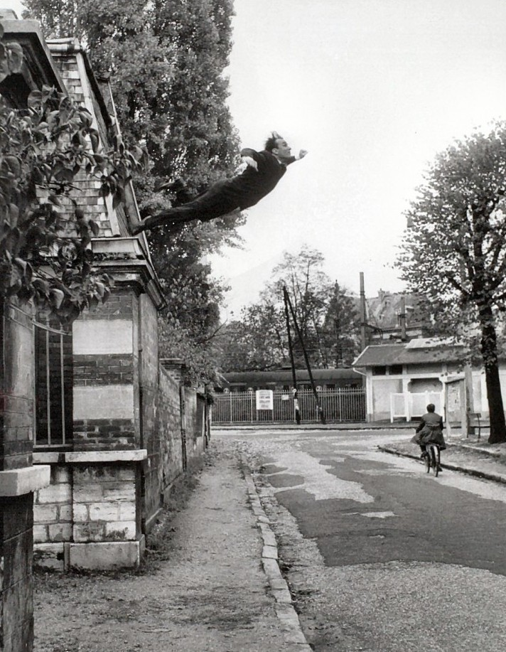 Yves Klein – Leap into the Void