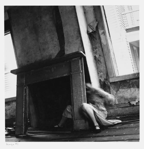 Francesca Woodman, House #4, Providence, Rhode Island, 1976, © George and Betty Woodman